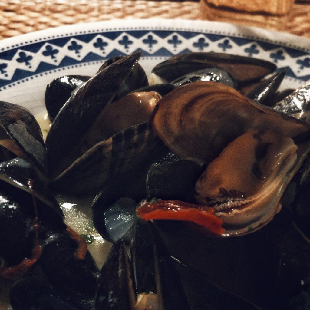 Mejillones en salsa canalla