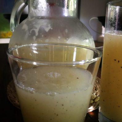 Limonada de lima, limón y jengibre
