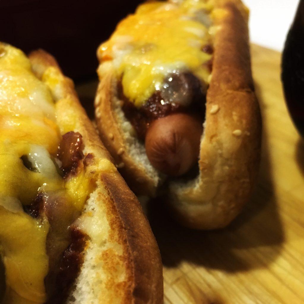 Guarreo: Perritos calientes y nachos