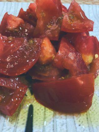El tomate aliñado