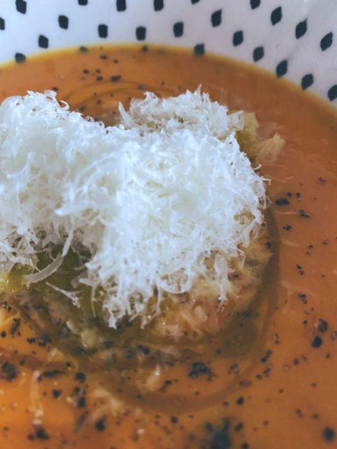 Crema de calabaza con nube de queso manchego