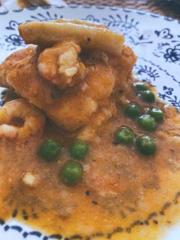 a merluza en salsa casi de mariscos