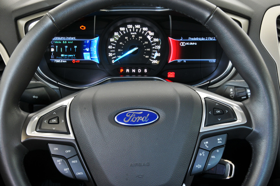 ford_fusion_2013_ft06