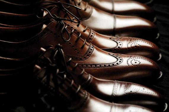 guarda_roupas_basico_masculino_sapatos