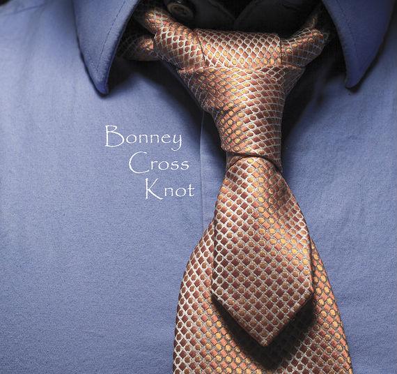 nos_gravata_bonney_cross_knot