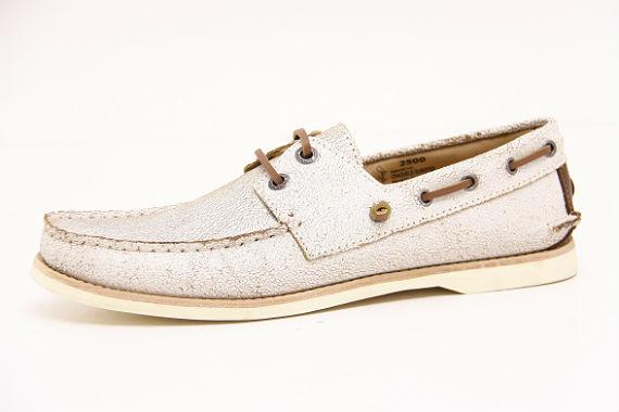 64d7a403fb Outro calçado que promete agradar aos homens neste verão é o driver