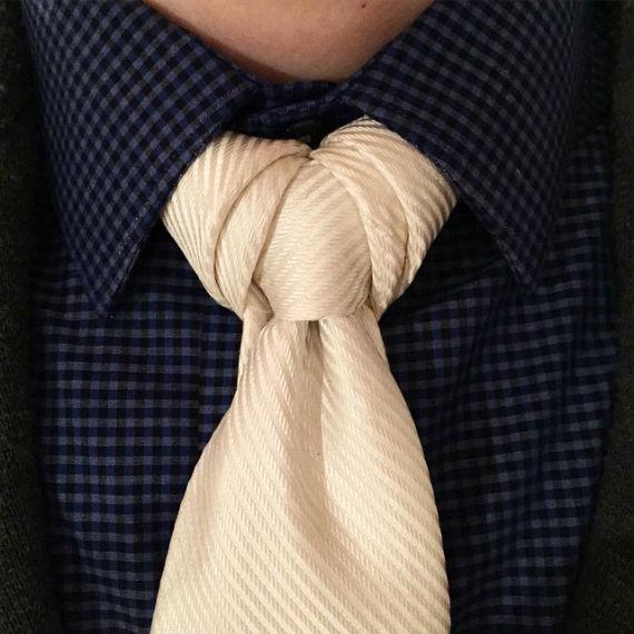 nos_de_gravata_vidalia_knot2