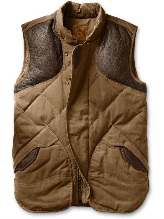 "cabb4b380e Como nos países de língua inglesa a peça de alfaiataria recebe o nome de  ""vest"" ou ""waistcoat"""