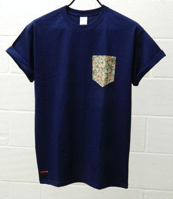 look_masculino_primavera_estilo_camiseta_bolso