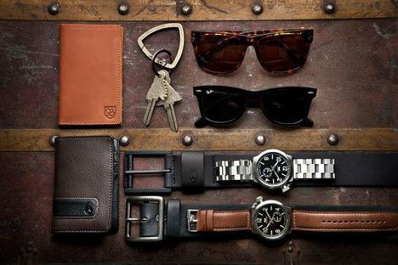 acessorios-masculinos-carteiras-oculos-relogios-cintos