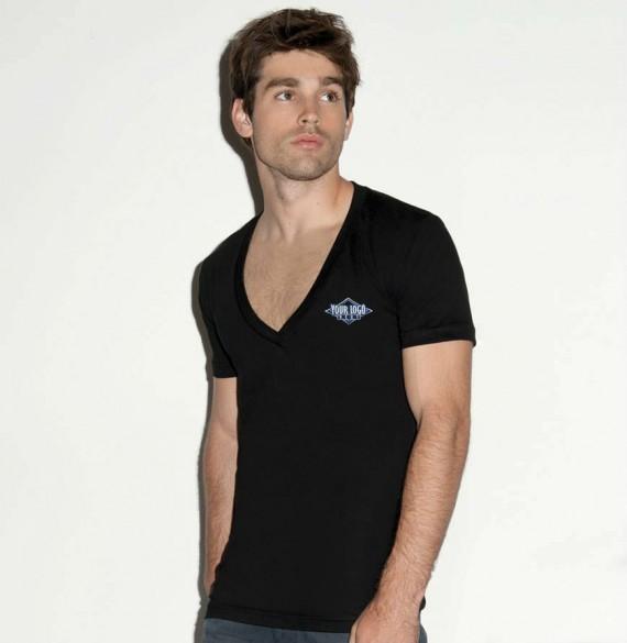 roupas-datadas-deep-V-neck