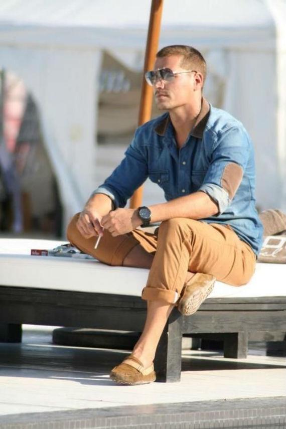 Camisa Jeans Com Calças Chino: aprenda a combinar