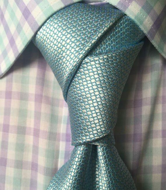 Nós de Gravata: o Pacquiao Knot