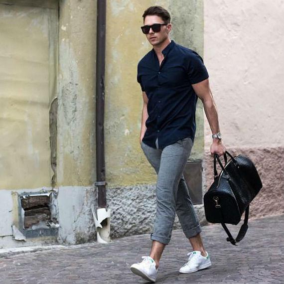 7 Camisas masculinas de Mangas Curtas Para Curtir o Verão Com Estilo