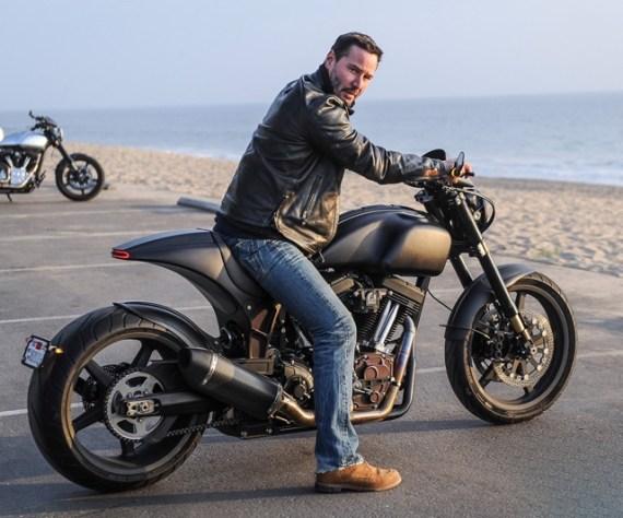 Cinco Motoqueiros Famosos Que Esbanjam Estilo - Keanu Reeves