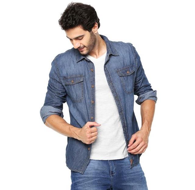 0633443e6c 5 Tipos de Camisas Azuis que Você pode Ter em Seu Guarda-Roupas ...