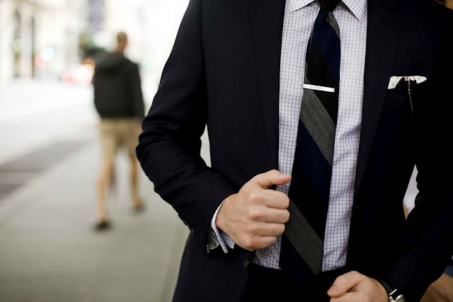 Prendedor de gravata - 6 Acessórios Masculinos que Tomaram o Lugar das Joias