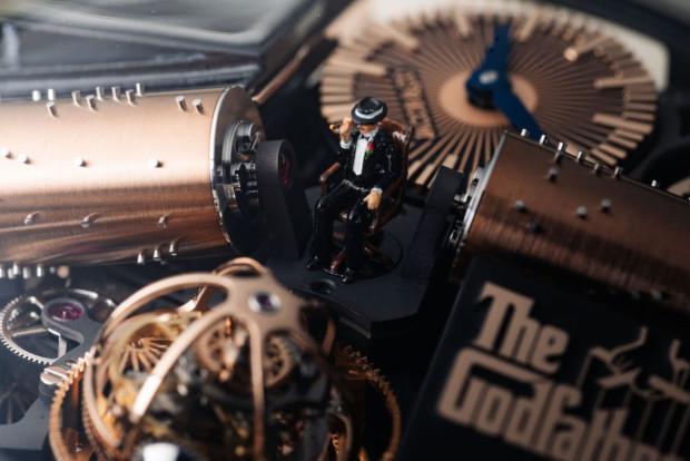 Vídeo: O Relógio Jacob & Co. Opera Godfather Edition