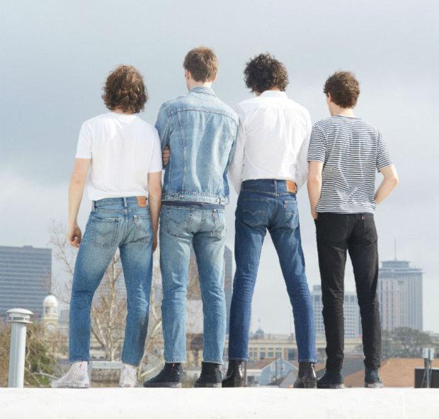Tapered Jeans: Was ist der Unterschied zwischen Hosen, die wir kennen?