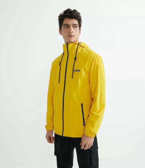 Tendências do Outono Inverno Masculino 2021 - amarelo