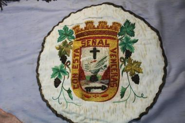 Escudo del Puerto de la Cruz bordado por Isabel Hernández Herrera.
