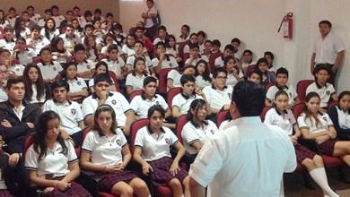 "Photo of Estudiantes en Cancún recibieron pláticas sobre ""Ciberbullying"""