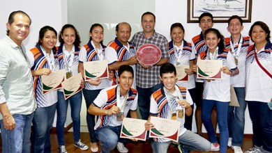 Photo of Paul Carrillo felicita a los cancunenses tricampeones de tenis de mesa