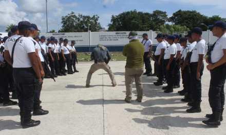 Capacitan a más de 240 aspirantes a puesto de Policía Municipal en Solidaridad