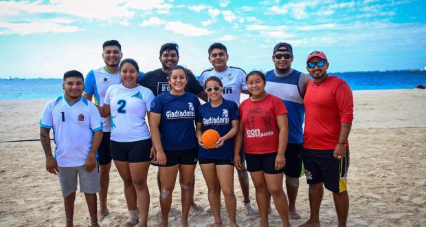 """Llevan a cabo en Isla Mujeres """"Torneo Relámpago de Handball Playero» - Cancún Mio"""