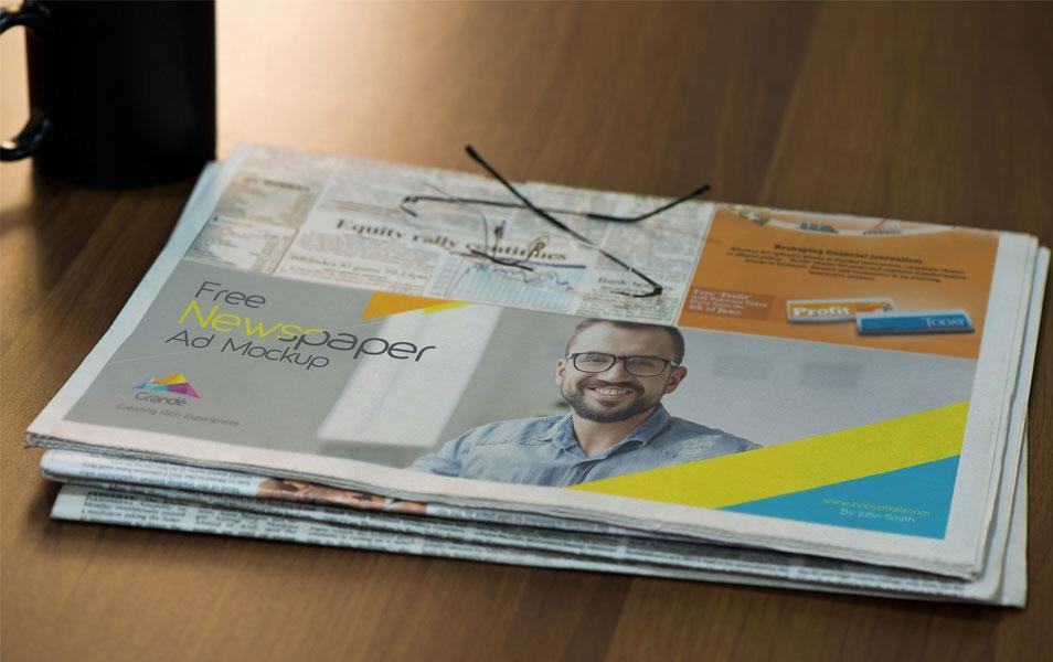 free half folded newspaper mockup css author