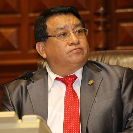Pepe Luna lidera intención de voto en Lima tras su regreso en política.