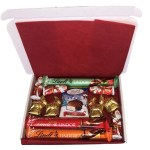 Lindt Christmas Hamper Small1 The Candy Cabin Traditional Online Sweet Shop