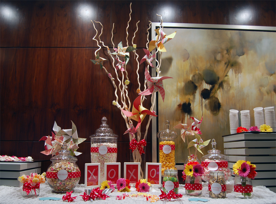 JOandJARS_Wedding_Whimsical_CandyBuffet_CarltonHotel