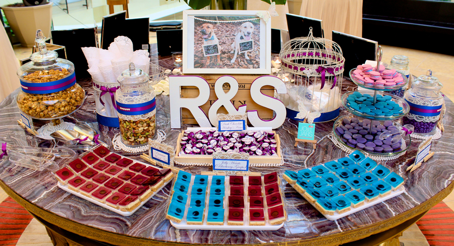 JOandJARS_CandyBuffet_Wedding_Purple_Blue_TheFullertonHotel