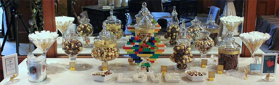 JOandJARS_CandyBuffet_Wedding_FourSeasonsHotel_Lego_Gold_White