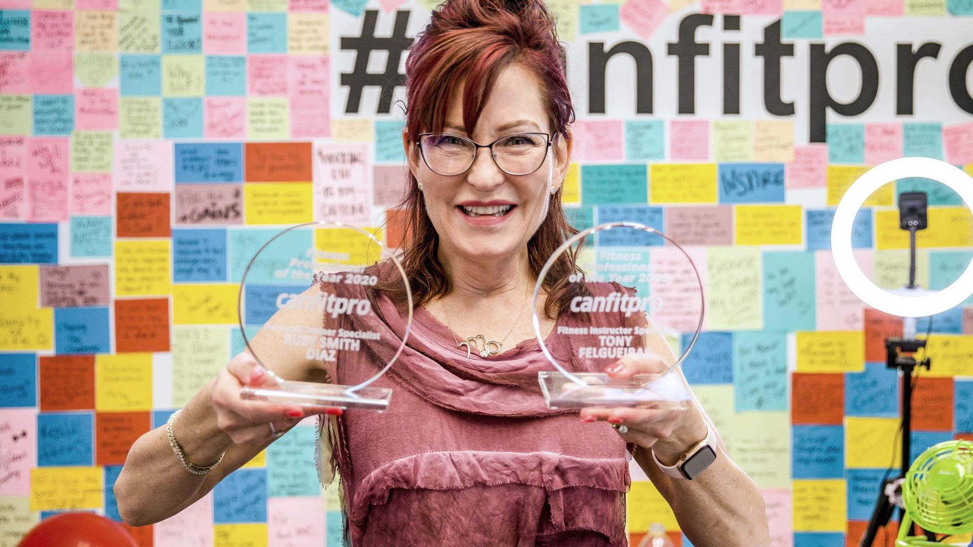 Mo holding awards