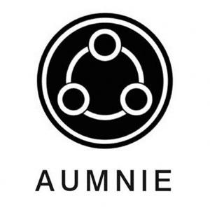 aumnie logo