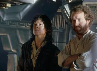 sigourney-weaver-reveals-why-ridley-scott-is-directing-prometheus-2-but-not-alien-5-755647_result