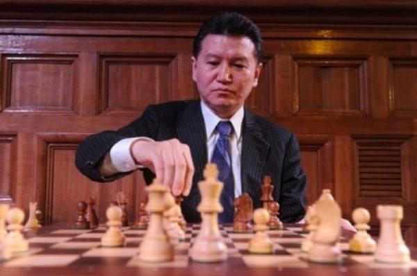 2. Encuentros en la Tercera Fase. Presidente de la FIDE