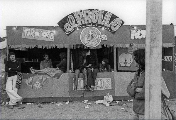 Stand de El Rrollo enmascarado instalado en el Canet Rock, 1975