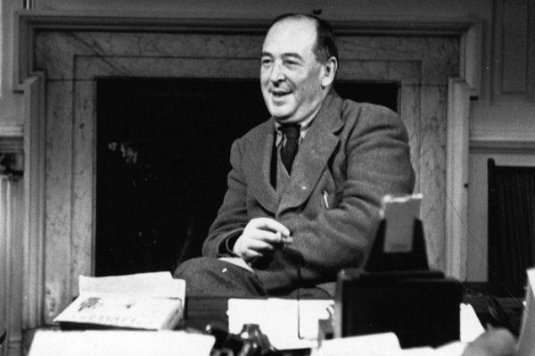 C.S Lewis solía alentar la creación de fanfictions en sus cartas