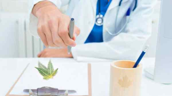 Doctors who prescribe medical marijuana