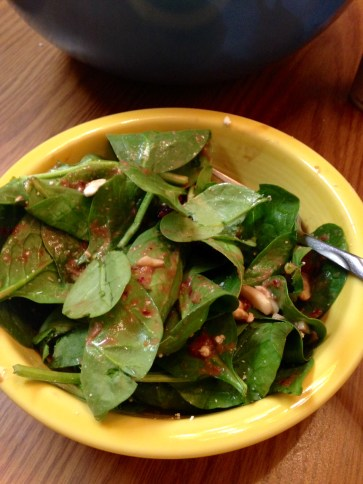 spinach salad with vinaigrette 2
