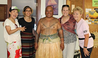 Peace Boat passengers with WAM Director Alson Kelen and college instructor Pamela Perkins, far right. Photo: Tolina Tomeing