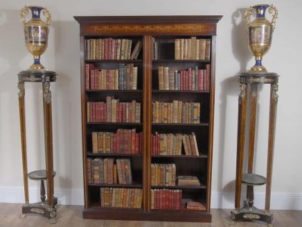 Mahogany Sheraton Inlay Open Front Bücherregal
