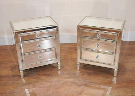 Pair Mirrored Nattbord Bedside Kister
