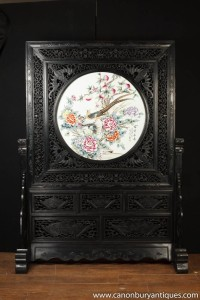 Antique Japanese Hand Carved Screen Kakiemon Porcelain Plaque Divider