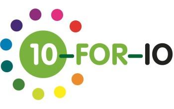 10 for IO logo