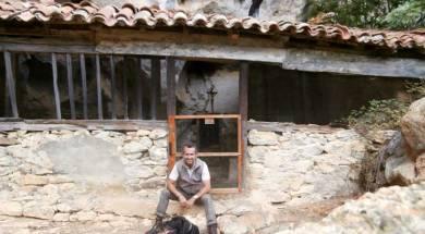 ermita-socueva-cantabria-inusual-con-patan