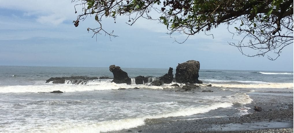 9 Best Things to Do in Playa El Tunco | El Salvador